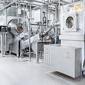 Contract manufacturing of butter with vanillin or carotene